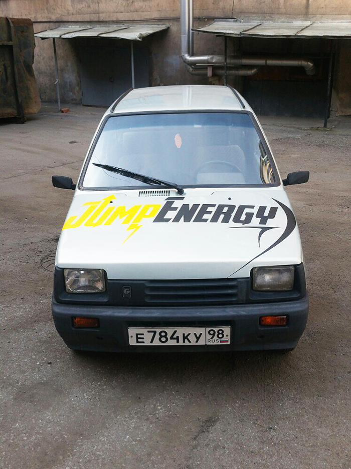 Okleika-avto-Lada-Oka