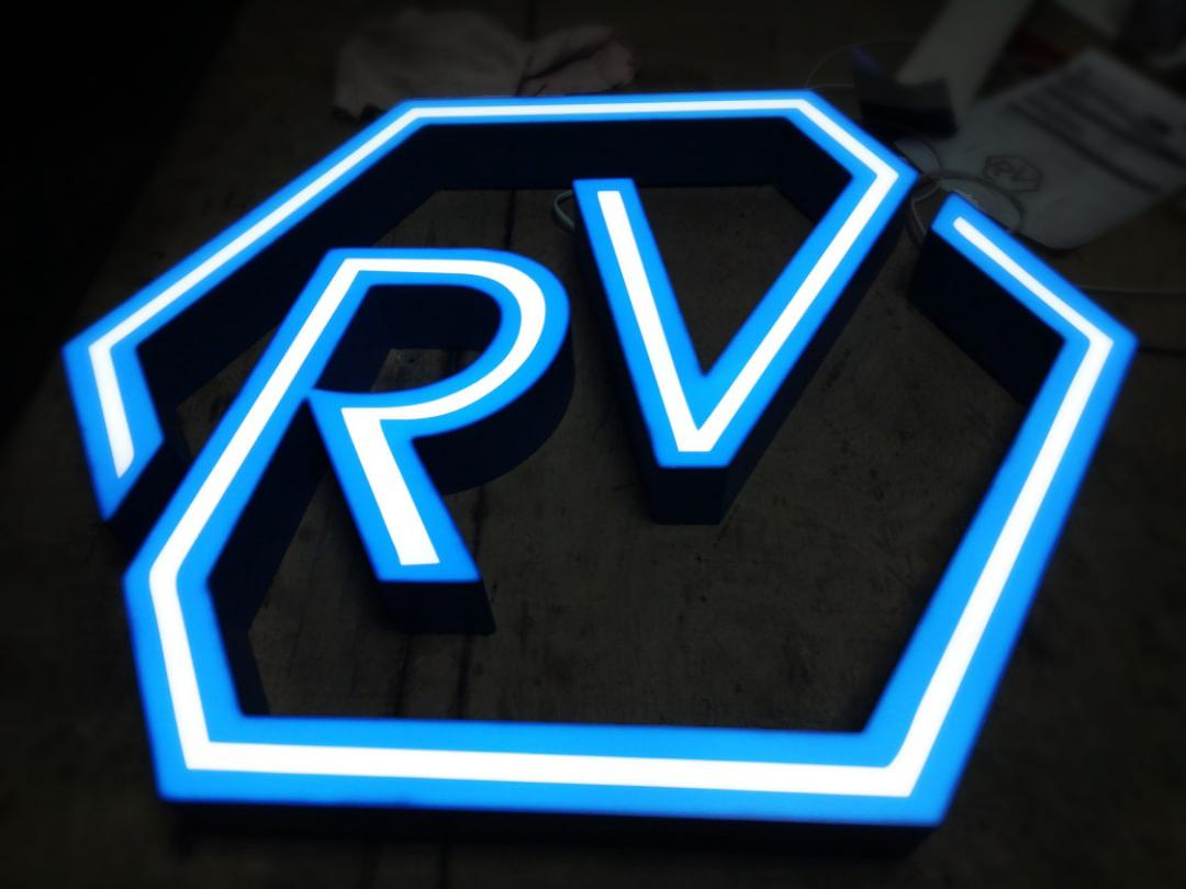 Изготовление синего логотипа в СПБ