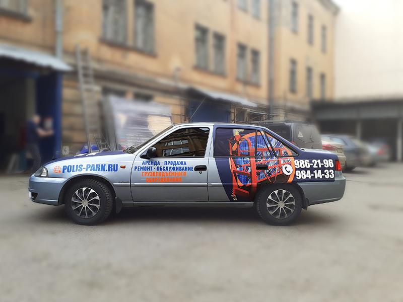 Оклейка на авто номер телефона и сайт в Питере